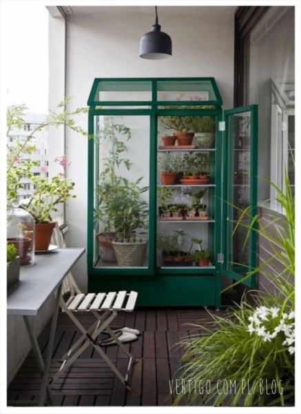 Balcony Greenhouse Diy